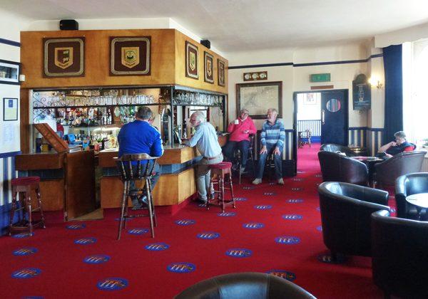 Club-Bar-1